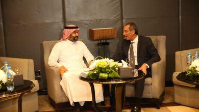 صورة وفد وزارة الاتصالات يغادر للملكة السعودية لتعزيز التعاون