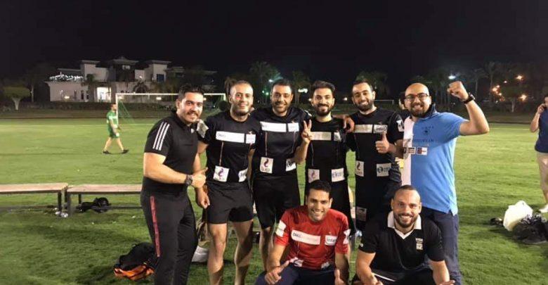فريق اي فاينانس مع اسلام الجمل المدير الفني