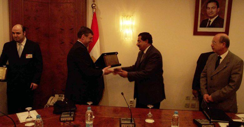 خلال عام 2003 اتفاقية المصرية للاتصالات ونورتل