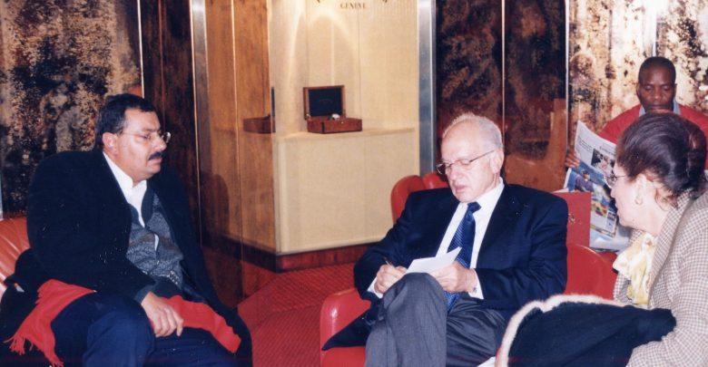عام 2003 خلال قمة مجتمع المعلومات بجنيف