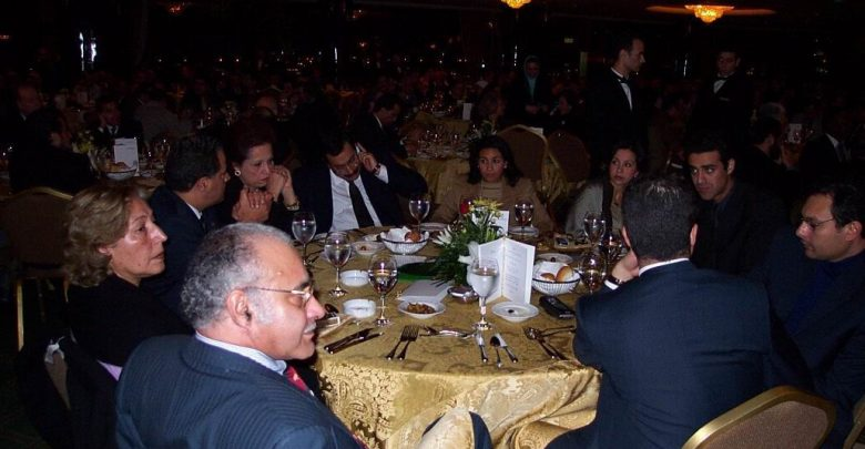 في حفل عشاء كايرو تيليكومب عام 2002
