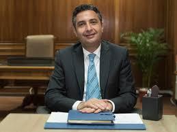 Photo of شريف فاروق رئيس البريد الجديد لـ البريديين : ربنا يوفقكم