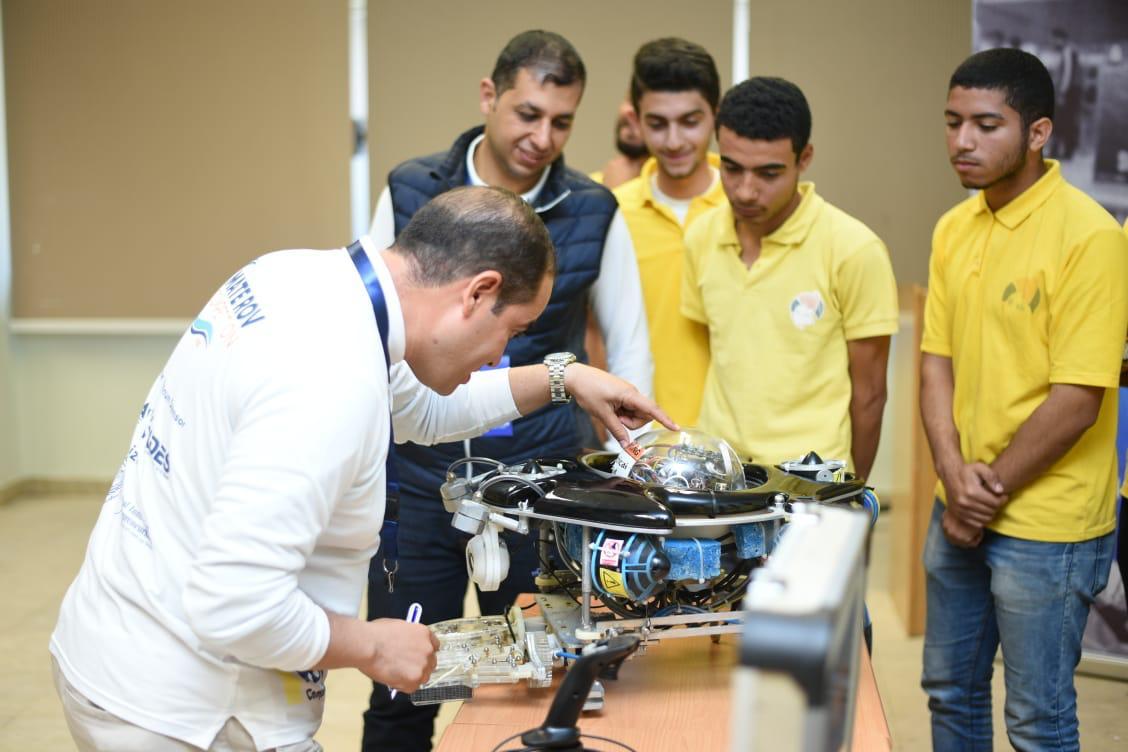 Photo of انطلاق أول تحدي تقنيفى مجال الروبوتات والتكنولوجيات البحرية